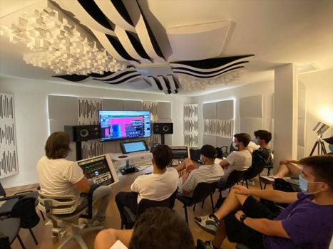 Rencontre virtuelle avec Luca Pretolesi